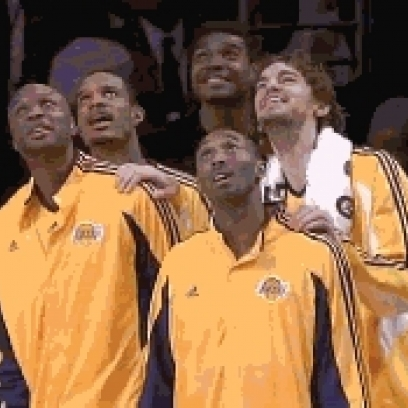 The-Lakers-Basketball-Team-Ouch-Reaction-Gif_408x408.jpg