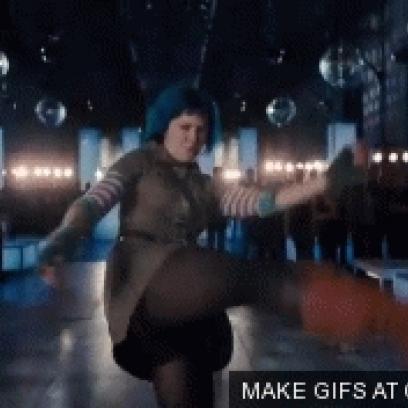 Mary Elizabeth Winstead Axe Kick Gif In Scott Pilgrim Vs